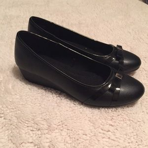 Shoes - NWOT - Black Wedges with Bow